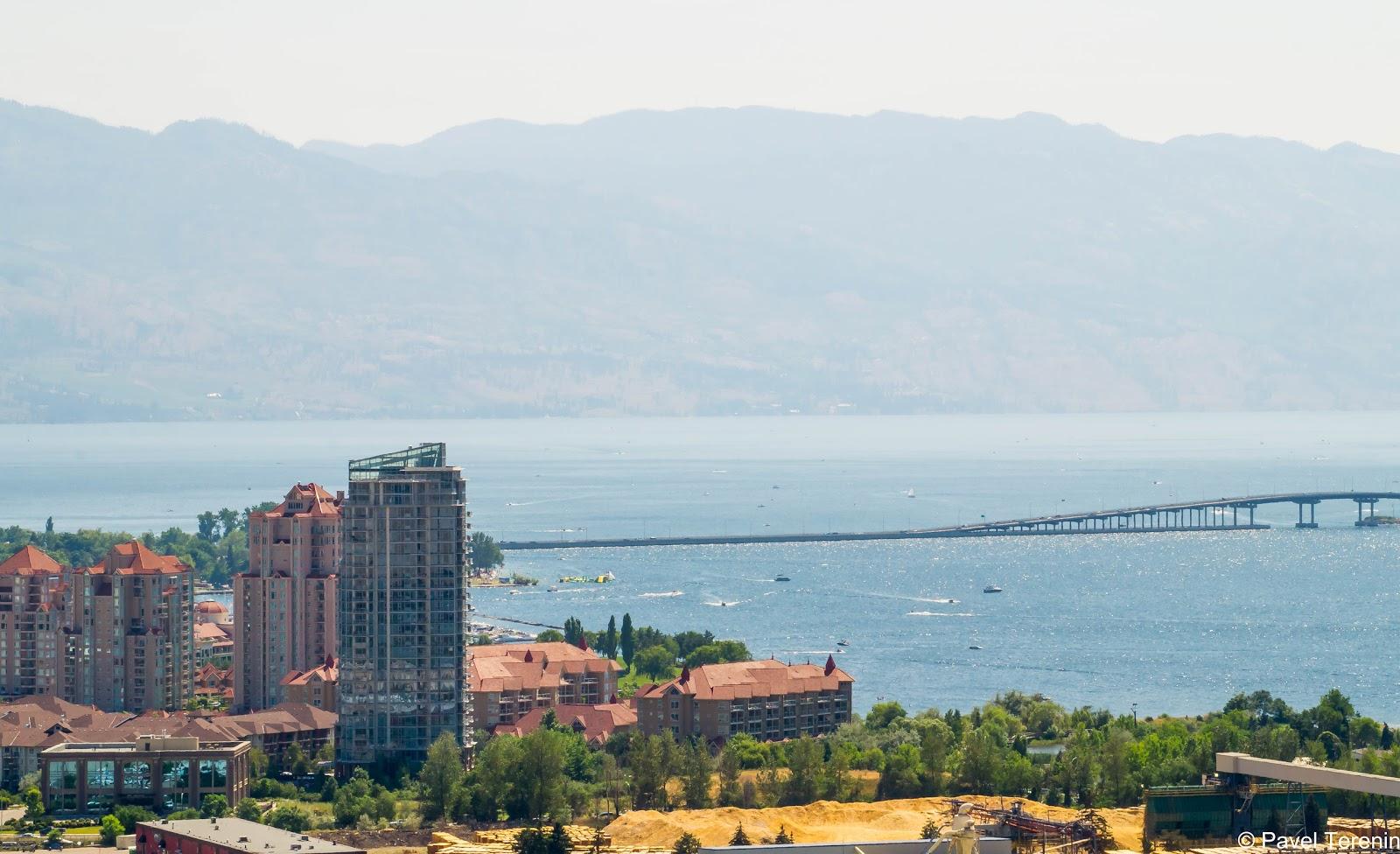 С обзорной полощадки горы Нокс можно насладится панорамным видом на центр города.