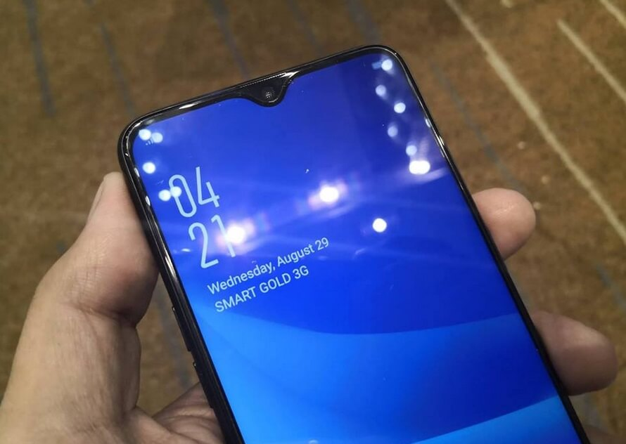 OPPO F9 Waterdrop Notch Design