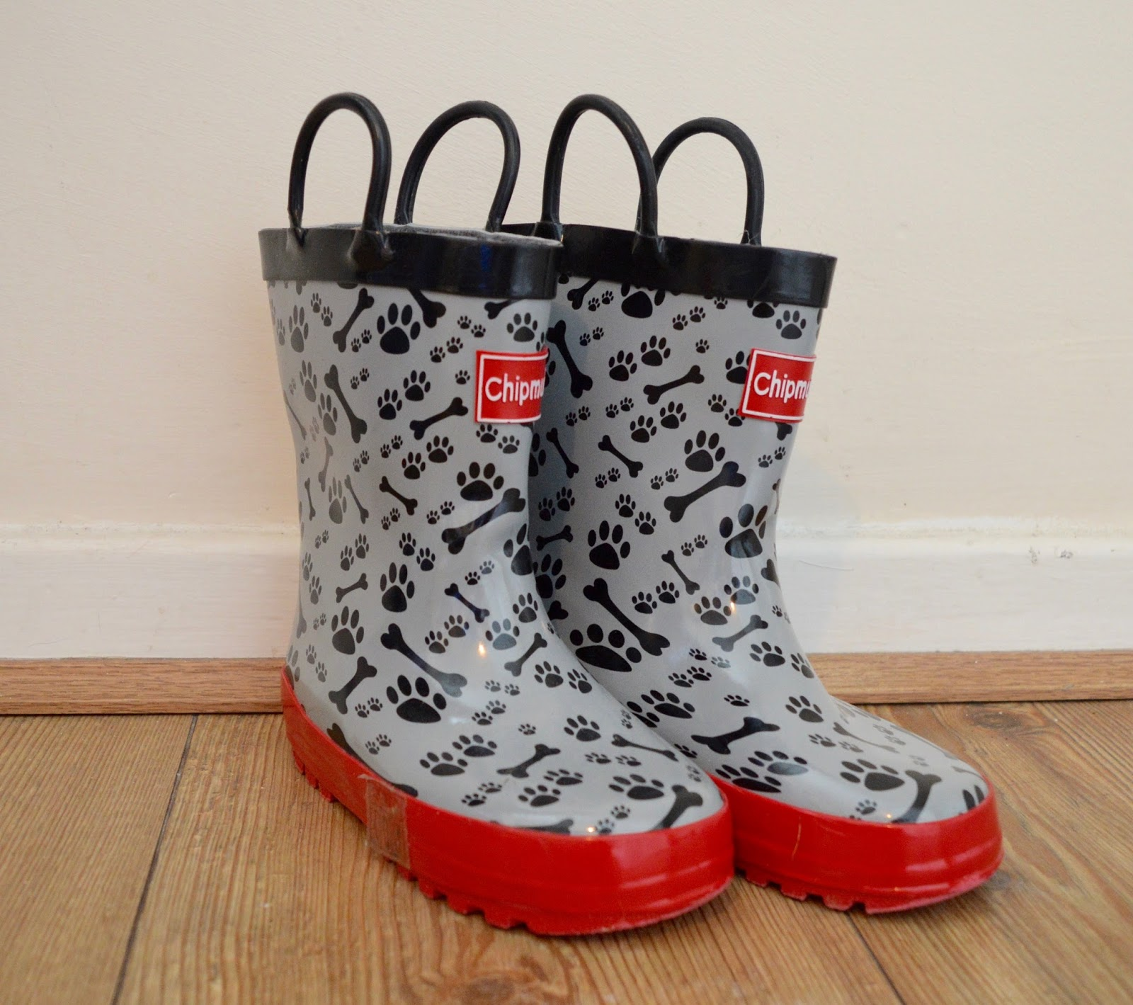 Top Tips and handy advice for surviving the school run - wellies