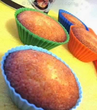 Muffins all'Arancia con Cuore di Cioccolato Fondente