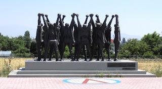 το μνημείο του Δ.Σ.Ε. στη Φλώρινα