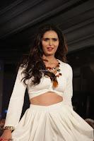 Meenakshi Dixit Walks the Ramp At Designer Nidhi Munim Summer Collection Fashion Week (2).JPG