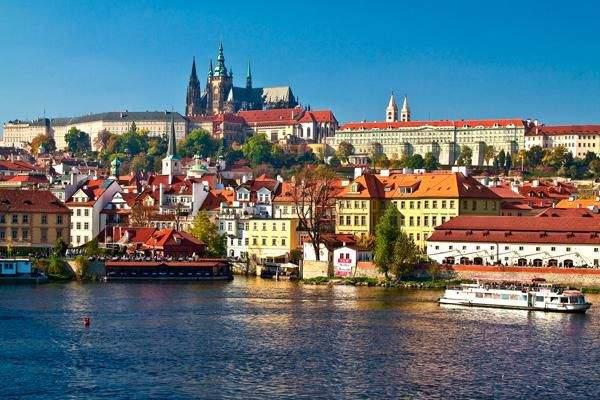 4 địa điểm không thể bỏ qua để có chuyến đi hoàn hảo tới Praha