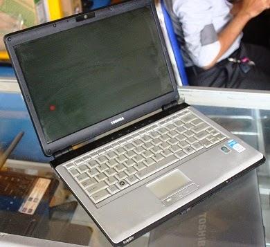 harga laptop bekas toshiba u305