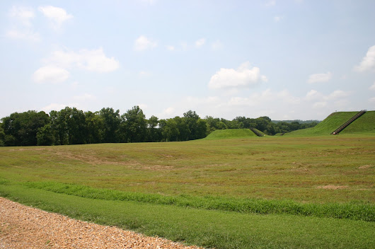 Etowah Indian Mounds: Mound B & C