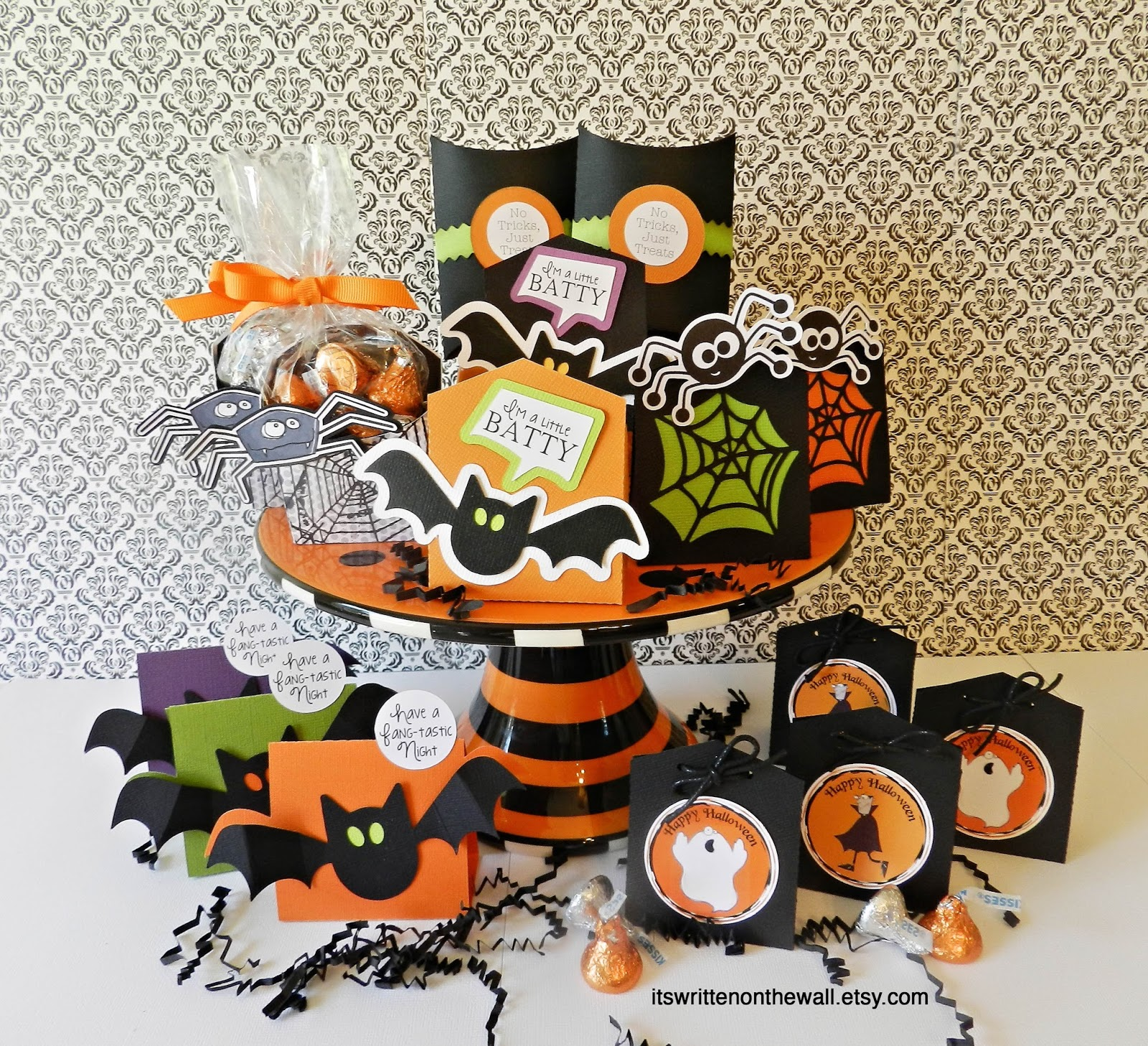 It S Written On The Wall Lots Of Halloween Treat Boxes