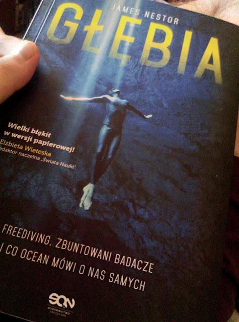 Czy zostanę zbuntowanym badaczem oceanów i moja recenzja książki Głębia