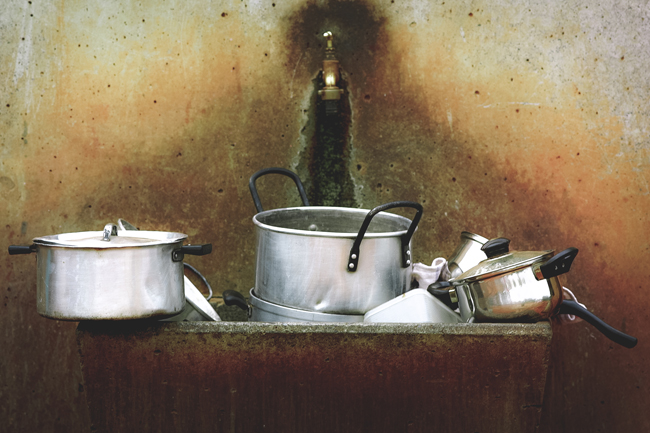 5 Reasons to Do the Dishes Immediately