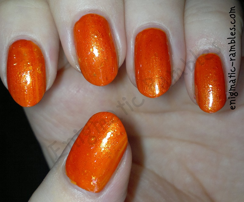 burnt-orange-nails-barry-m-mango-sinful-colors-courtney-orange-look-beauty-nail-pop-sequin