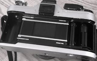 Tampak dalam Canon AT-1