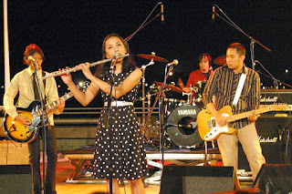 Group Band Tenar Indonesia yang melejitkan namanya di dunia International yaitu Mocca