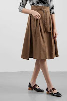 BerryBenka Rok Antonia Flare Skirt Brown ANDHIMIND