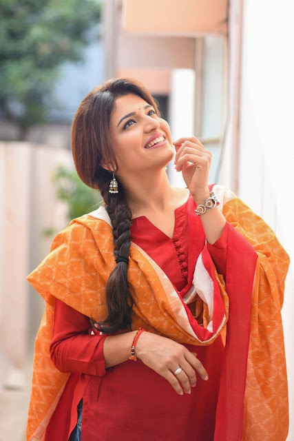 Chitra Shukla Pic From Rangula Ratnam Movie