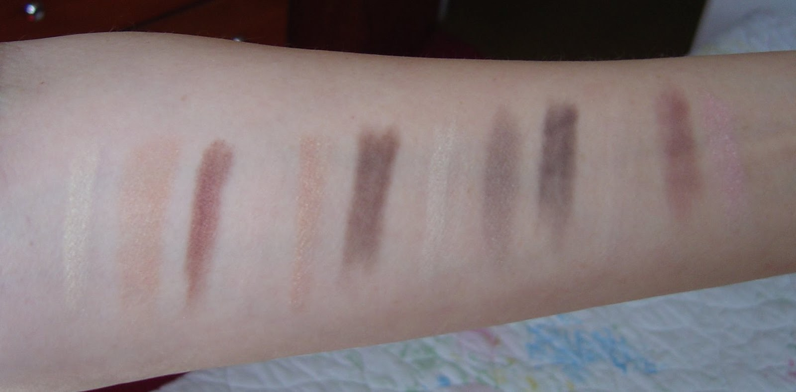 swatches of Mineral Fusion Cosmetics Eye Shadow Trios Review (Diversity, Stunning, Espresso Gold, Sultry).jpeg