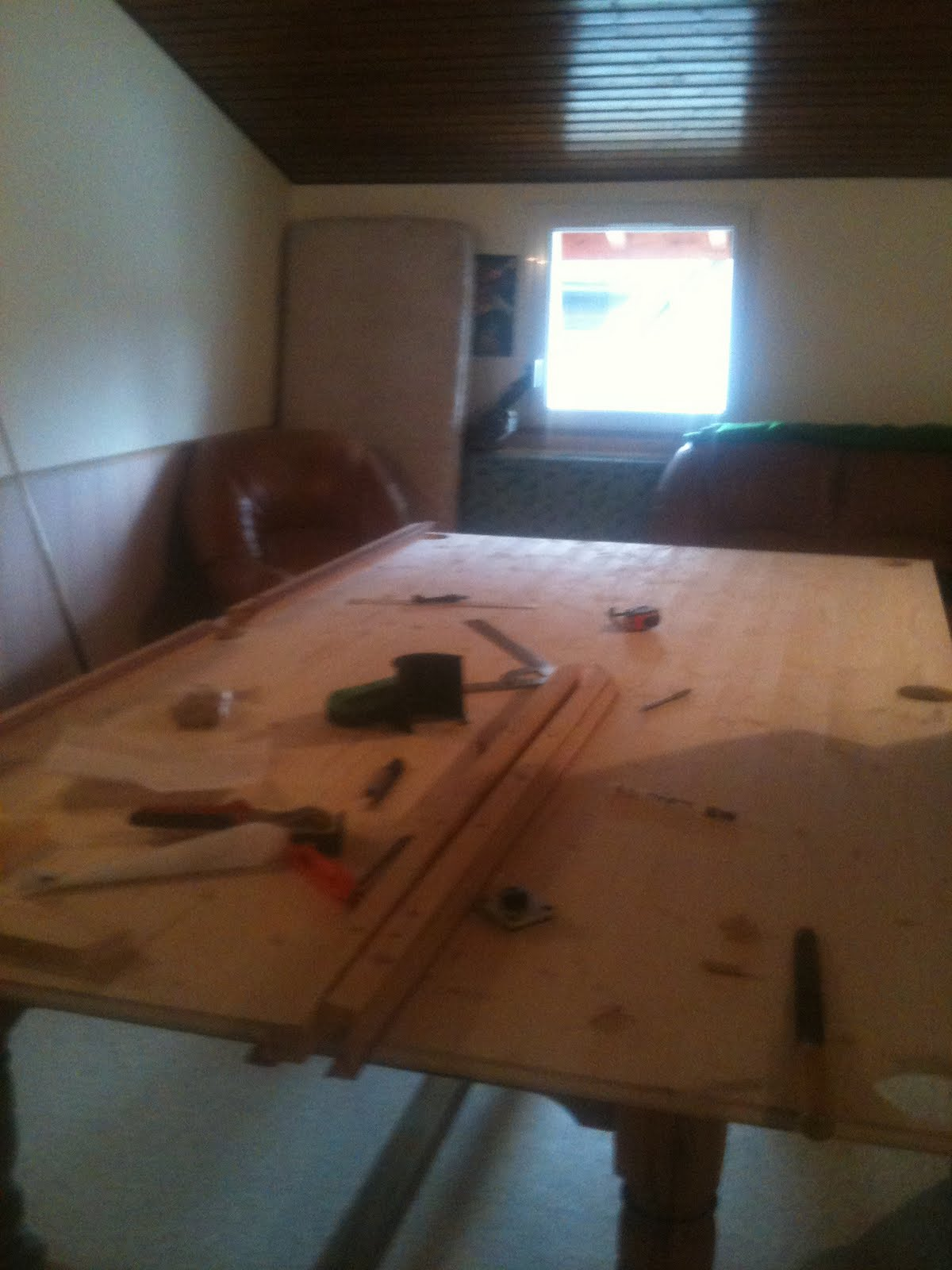 fabriquer son billard comment construire un billard etat des lieux. Black Bedroom Furniture Sets. Home Design Ideas