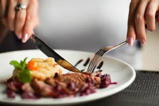 Cara Diet Sehat Makan di Waktu Petang