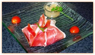 http://gastronomierestauration.blogspot.com.es/2014/12/recette-aumonieres-au-foie-gras.html