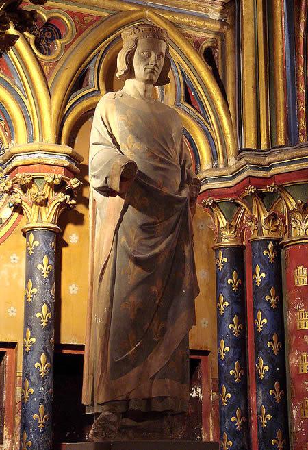 Louis IX statue