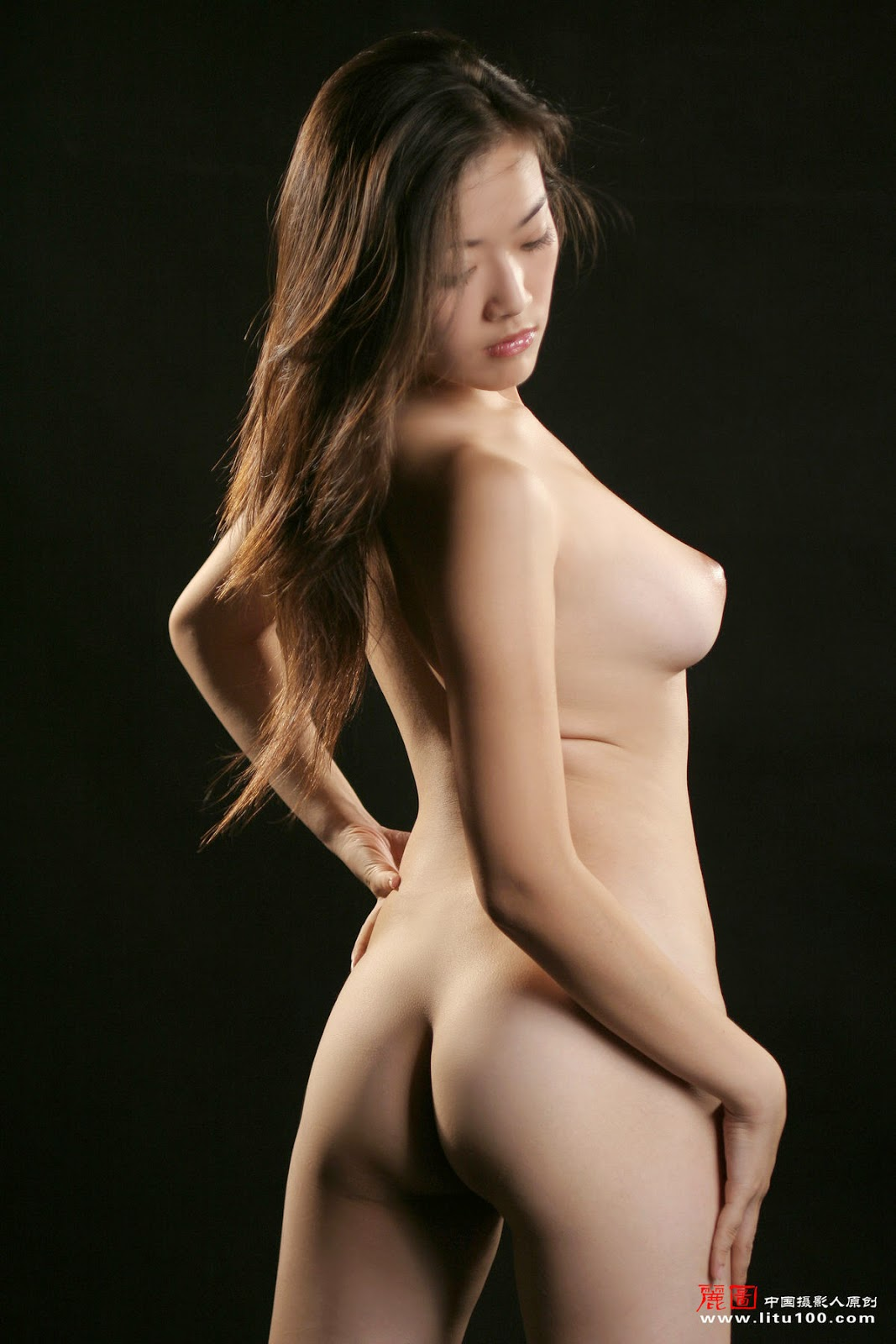 Nude chinese fashion models — pic 14