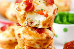 EASY CHEESY PEPPERONI PIZZA PUFFS