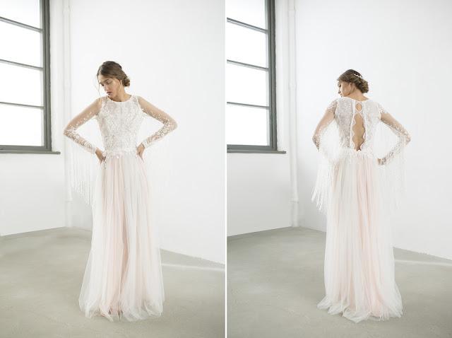 Suknia ślubna w stylu boho z długimi rękawami i dekoltem na plecach od Joanna Niemiec Atelier.