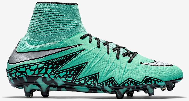 Combining the main color 'Green Glow' with 'Metallic Silver' for the  Swoosh, the turquoise Nike Hypervenom Phantom 2016 Soccer Boots are  designed to stand ...