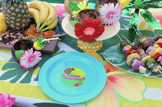 LAURA'S little PARTY: Summer Luau Party Ideas