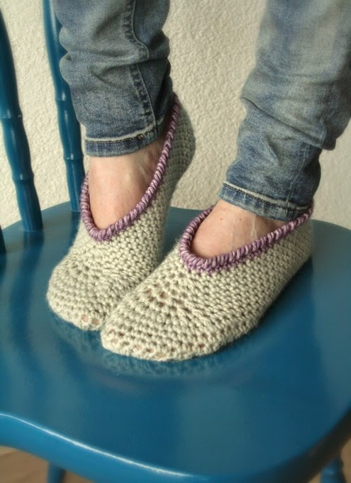 Free crochet pattern: slippers | Happy in Red