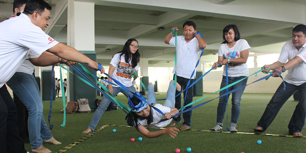 SKKK Surakarta Adakan Kegiatan Teacher & Staffs' Gathering