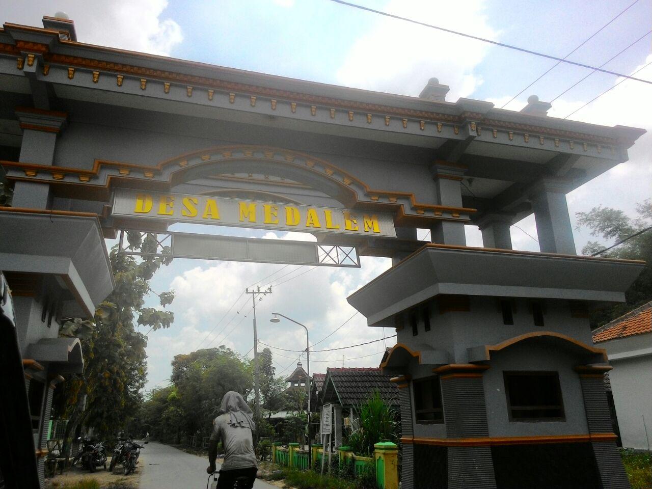 menelusuri makam asli sunan kalijaga kecamatan senori tuban rh jelajahspiritual blogspot com