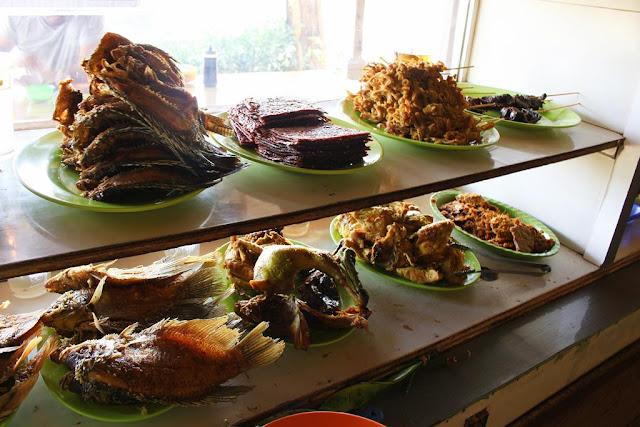 masakan sunda warung inul dago