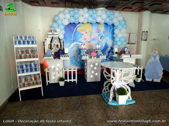 Decoração de mesa de aniversário infantil Cinderela - Ornamentação de mesa provençal