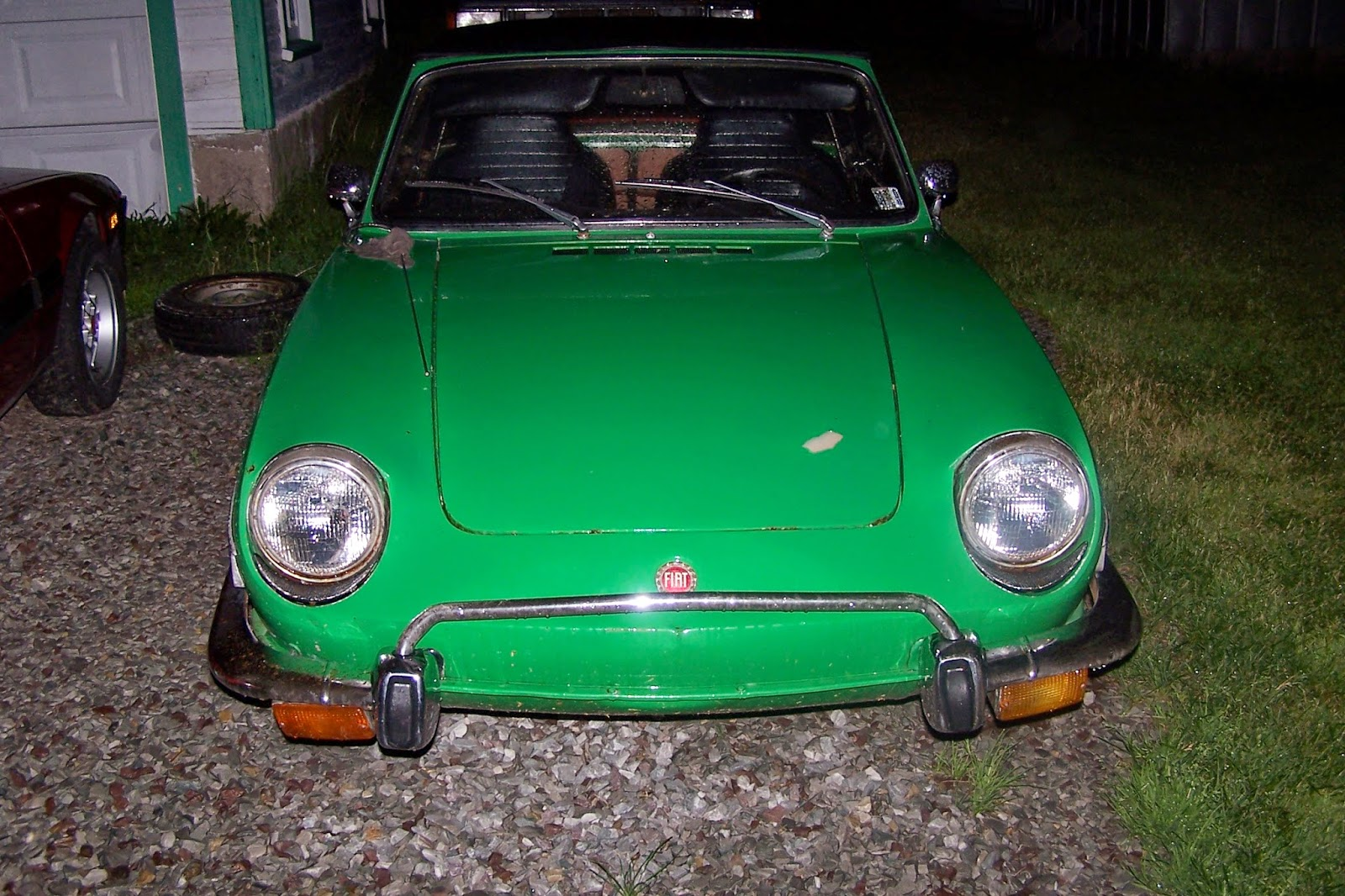 hight resolution of i m a single guy out on my own with a few bucks in his pocket and i happened upon a cute little 1973 fiat 850 spider