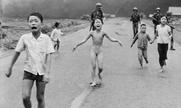 Mark Zuckerberg accused of abusing power after Facebook deletes 'napalm girl' post
