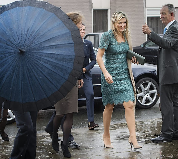 Queen Maxima at Innovation Summit for women TheNextWomen - opzij magazine. Queen Maxima wears Dolce and Gabbana Lace Dress