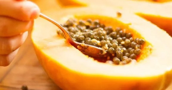 Eat Papaya Seeds