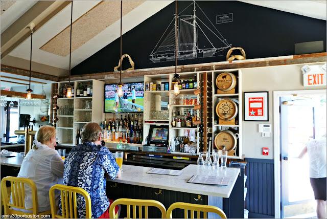 Barra del Restaurante CK Pearl en Essex