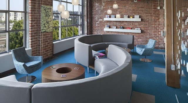 office waiting area with comfortable seating design