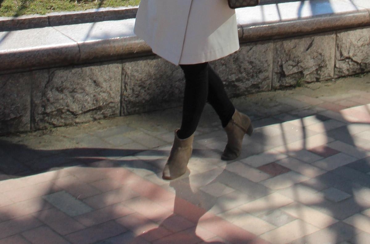 тренчкот, пусан, бусан, корея, сеул, блоггер в сеуле, ktx, трафик, гваннали, гваннаддеге, гваннан мост, туризм, отдых, море, смена обстановки, очки, леггинсы, солнце, волны, отличная погода, заряд энергии, дикер ботинки, замшевая обувь, dicker boots, shezgood, trench coat, fashion blogger in korea, fashion blogger, south korea, Южная корея, дизайнер, студент