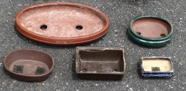 herramientas básicas para bonsáis: macetas
