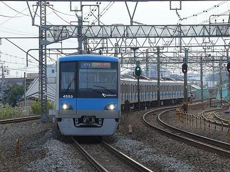 【ダイヤ改正でのレア列車!】小田急4000形の各駅停車 明治神宮前行き