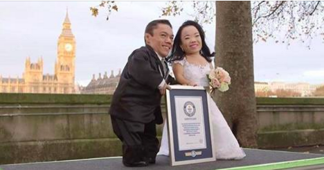 Voici le couple de mariés le plus petit du monde