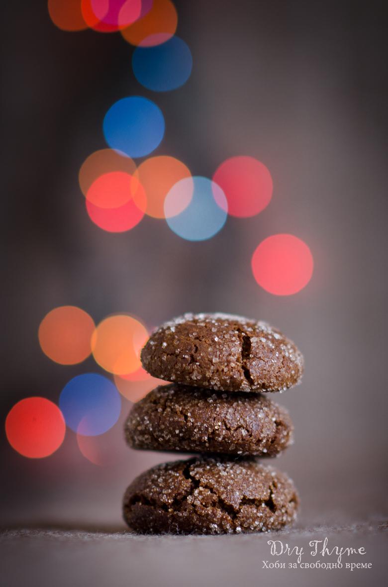 Опушени бисквити с меласа, джинджифил и кардамон