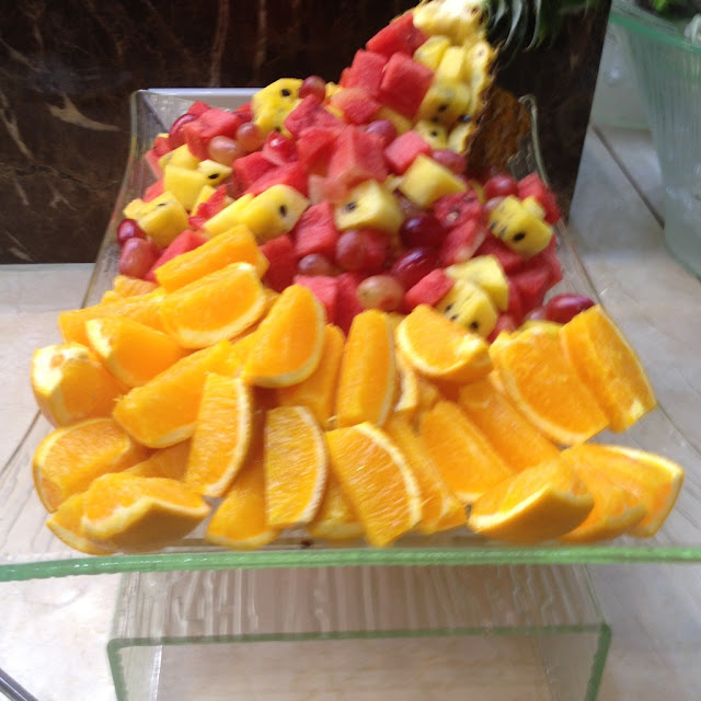 Tropical fruits at Le Mon Restaurant