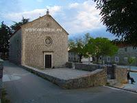 Župna crkva sv. Nikola, Gornji Humac, otok Brač slike