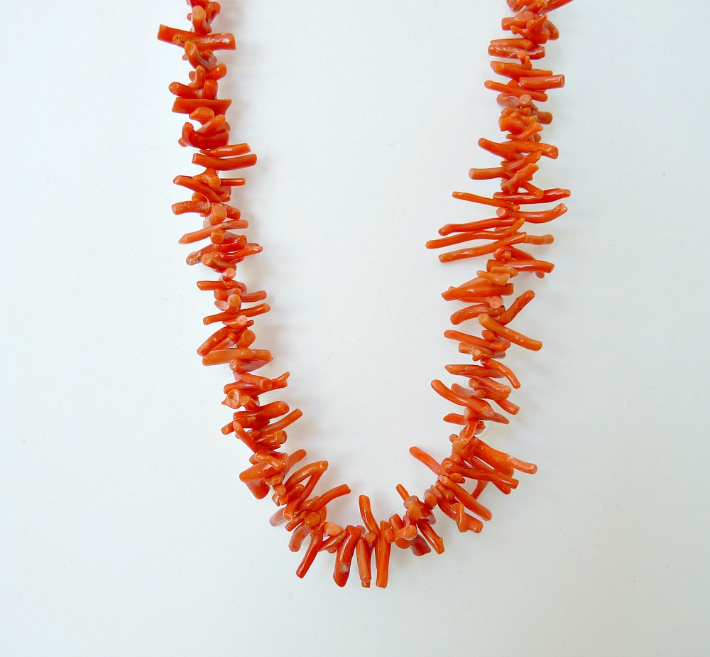 How to Re-String a Necklace