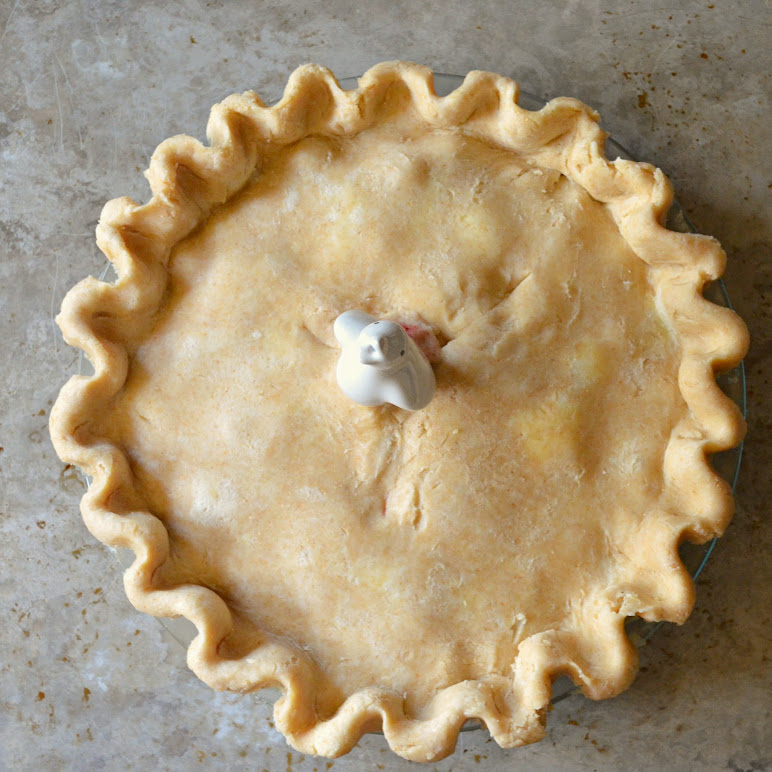 Flaky-Sour-Cream-Pie-Crust.jpg