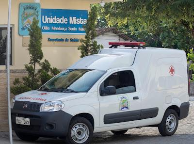 Secretaria de Saúde recebe nova ambulância