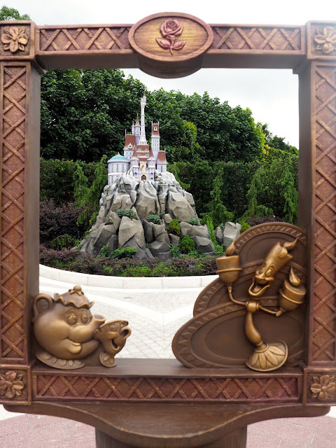 Beast's castle with Beauty and the Beast frame in Fairy Tale Forest, Fantasyland | Disneyland Hong Kong