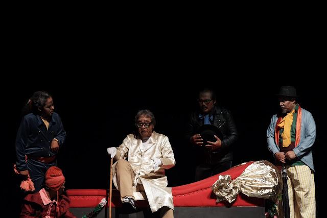 Teater gandrik: Teraseni.Com
